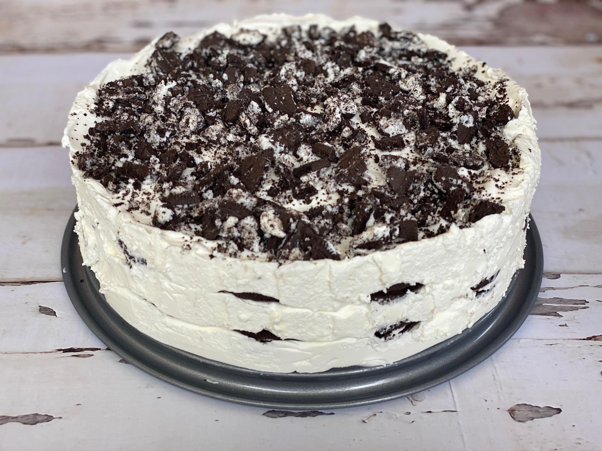 Cookies and Cream Icebox Cake