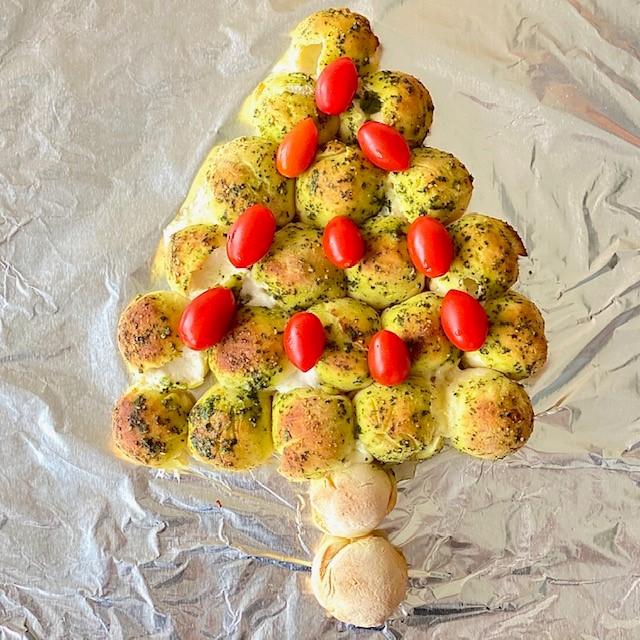 Pull Apart Bread Tree